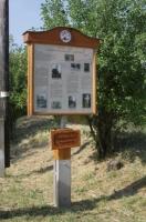 Monori Pincefalu, Ezer Pince Szőlészeti és Borászati Tanösvény