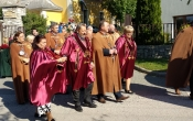 20 éves a móri Brindisi Szent Lőrinc Borrend