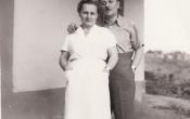 Horváth család a pince előtt 1954 nyarán
