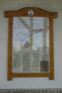 Borvidékek, Monori Pincefalu