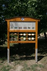 Hungarikum Szőlőfajták, Monori Pincefalu