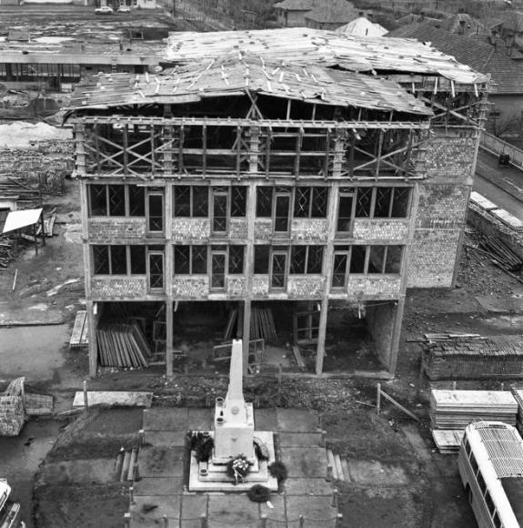 Kossuth L. u. 89 építés